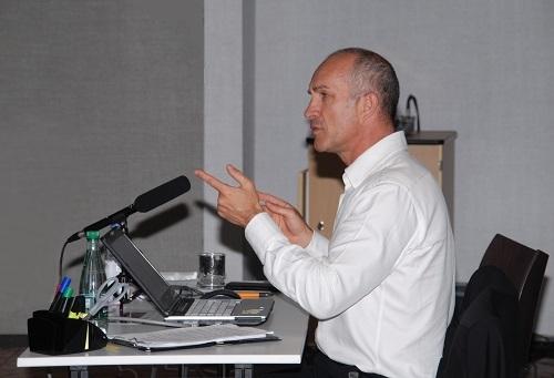 Fabrice Gerard presente les rencontres regionales du logiciel Regards